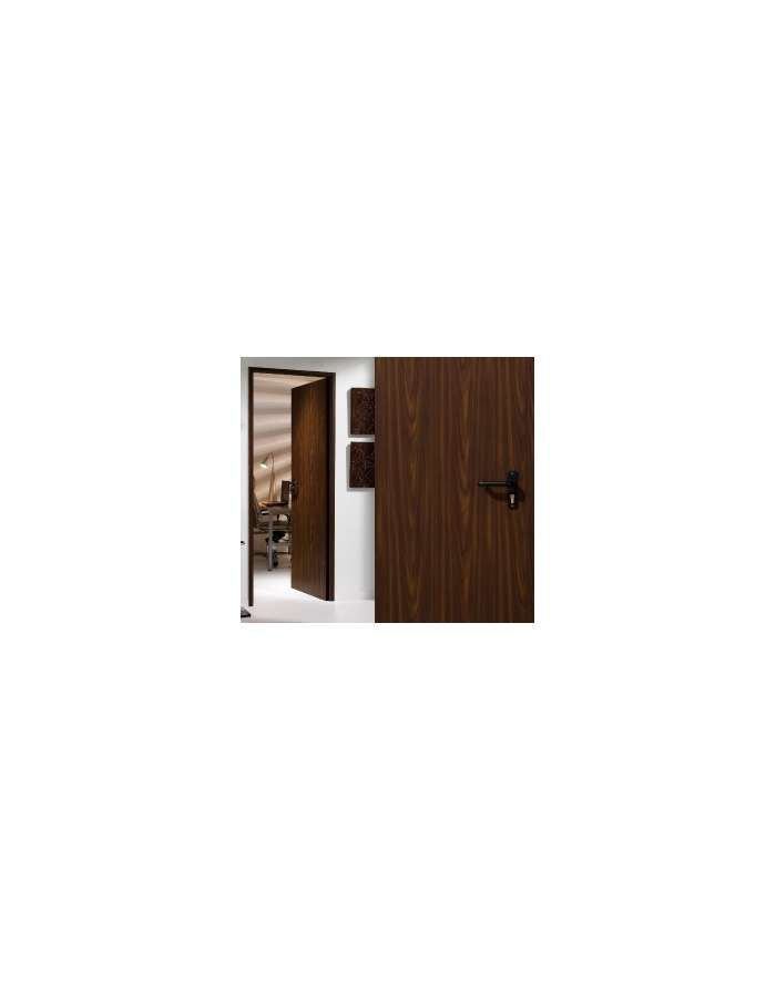 Puerta color madera for Puertas color madera